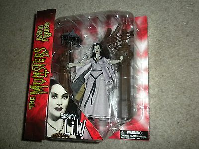 Lily Munster figure Diamond Select toys-New