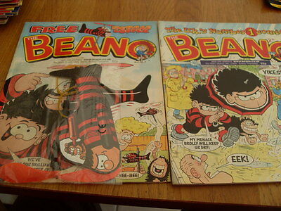 THE BEANO COMIC 2 ISSUES NO 3007 /3009 + gift 2000