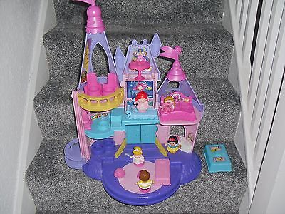 Disney Princess Little People Castle & 5 Figures Musical 20'' Tall Lilac & Pink