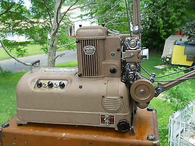 Vintage Ampro Corp Premier 20 16Mm Projector With Carrying Case
