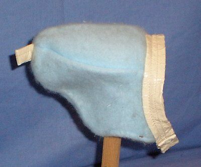 Babymützchen hellblau/ baby doll cap light blue
