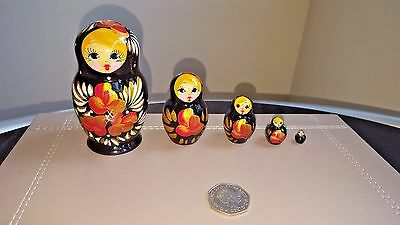 Traditional Matryoshka Russian Nesting Wooden Dolls Set 5pc