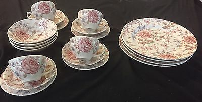 Johnson Bros England 'rose Chintz' 20 Piece Dinner Set In As New Cond.