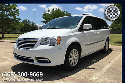 2014 Chrysler Town & Country Touring Model - Really Nice Touring Model -  Really Nice