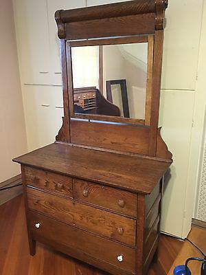 Antique Dresser / Chest of Drawers / Chest with Mirror / Vintage Dresser