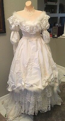 Vintage White Wedding Gown. Lace Fur Trimmed With Hat And Veil~handmade