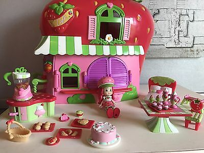 Strawberry Shortcake Cafe And Accessories
