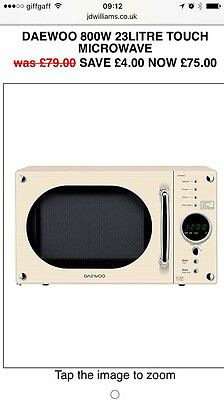 Daewoo Retro Cream Small Microwave