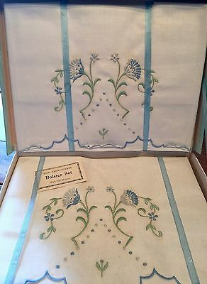 Vintage Set Of New Irish Embroidered Pillow Cases & Plain Bolster /original Box