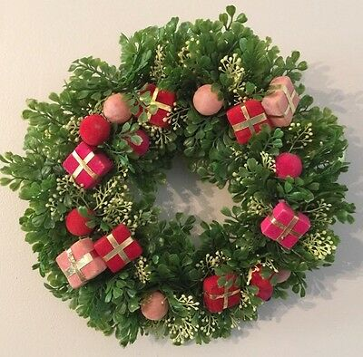 """Vtg 13"""" Plastic Christmas Wreath Red Pink Flocked Package Balls Mid Century Deco"""