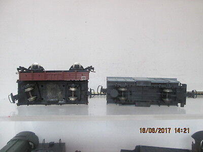 009 3 x CONTINENTAL GOODS WAGONS
