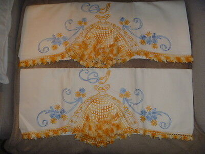 Vintage Pair of Southern Bell Crocheted Pillowcases Orange Blue White
