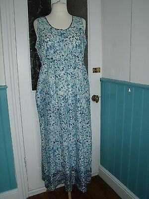 cotton summer Blue white floral maxi beach dress size 16 with pockets bnwt