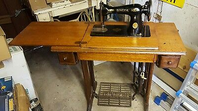 singer sewing machine table and sewing machine COLLECTION ONLY