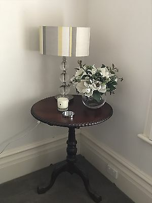 Occasional Mahogany Tilt Top Side Table Excellent Condition