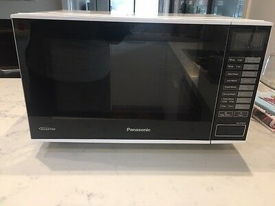 Panasonic Flatbed Inverter Microwave Oven (NN-SF550W) - White
