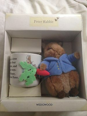 BNIB Wedgewood Peter Rabbit Christening New Baby Gift Cup And Teddy