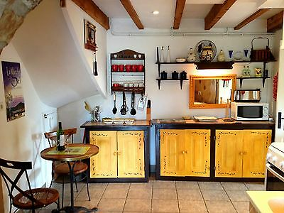 South of France holiday cottage sleeps 6. 7 nights rental  19th-26th August