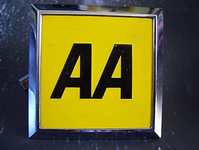 Vintage AA car Badge  UK & fitting brackets