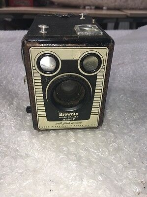 Vintage Brownie Six-20 Model E Camera