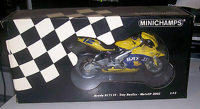 HONDA RC211V MOTOGP 05 SEASON. Troy Bayliss.  Minichamps 1/12