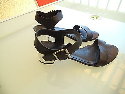 Chaussures sandales MINELLI taille 38 noires