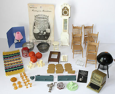 Mixed Lot of 1/12 scale Dollhouse  Miniatures