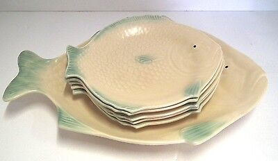 One Large And Five Smaller Shorter & Son Fish Plates. Art Deco. Cream And Green