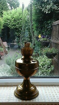 Attractive vintage brass oil lamp with twin burners / glass chimney