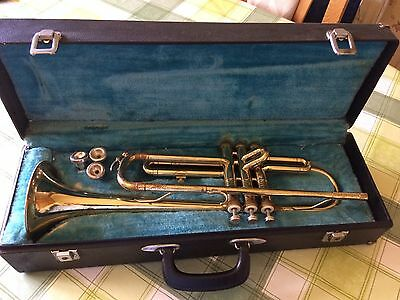 Vintage Trumpet With 3 Trumpet Mouth Pieces and Hard Case