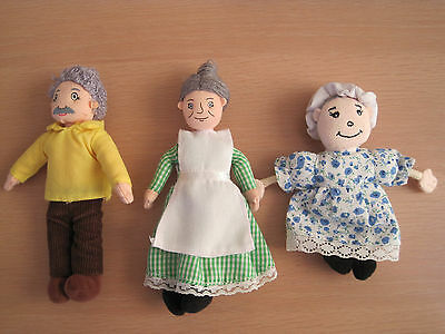 3 Finger puppets by The Puppet Company