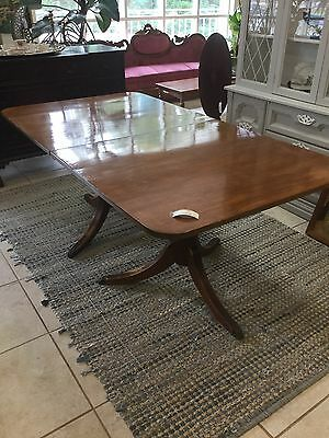 Federal Style Double Pedestal Mahogany Dining Table