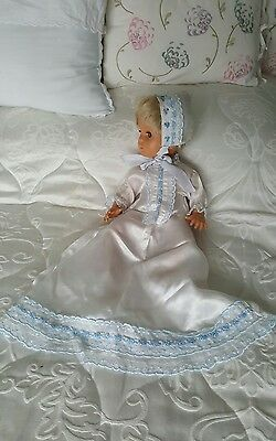 """Lovely Vintage Doll Dress for a 16"""" Doll"""