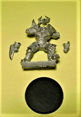 Willy Miniatures Chaos Warrior - Blood Bowl