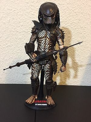 Hot Toys MMS 173 City Hunter Predator