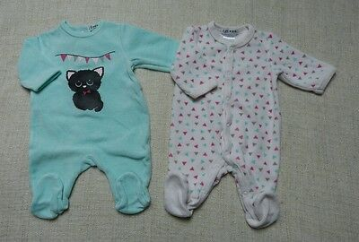 Lot de 2 pyjamas OKAOU 1 mois fille