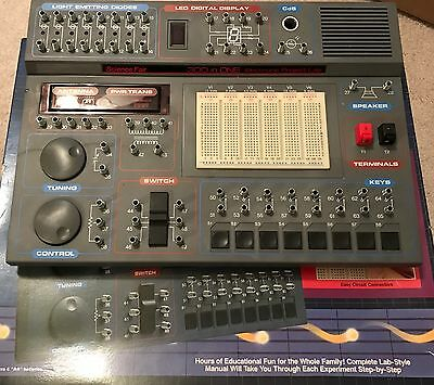 •1994 Radio Shack 300 in One Electronic Project Lab w/ Accessor, Manual & Book•