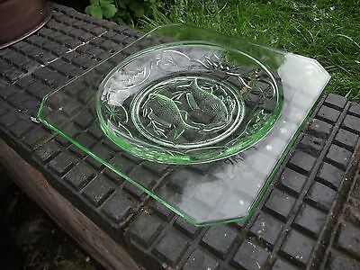 "Bagley Art Deco ""Fishes"" Uranium Green Glass Plate / Bowl 1930's - Pattern 3123"
