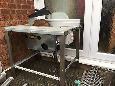 DeWalt Table Saw With Stand 110V