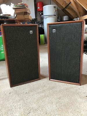 Dynatron Radio Ltd. Pair of Speakers Model LS 1434