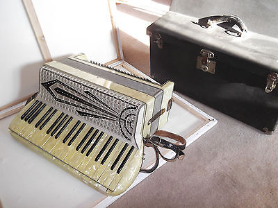 Rare Vintage Art Deco Black & White Mother Of Pearl Accordion Made In Italy
