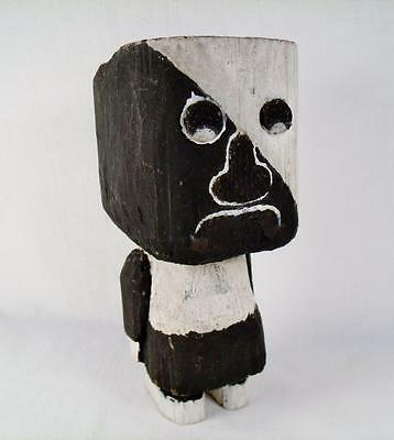 Primitive wooden folk doll carving Native American 1920s Pacific Northwest USA