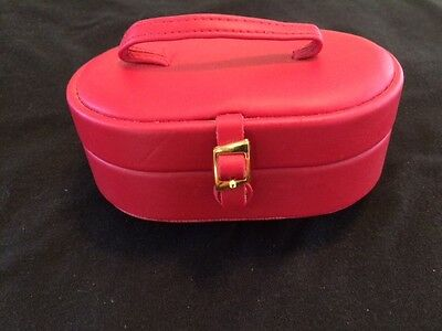 Vintage Jewelry Travel Case - Red With Snap Closure - 1068