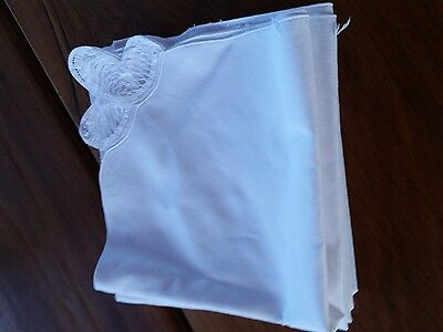 Set of 8 white cotton napkins with lace  40x40cm