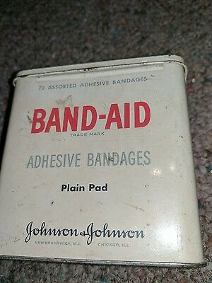 band-aid tin Johnson-Johnson vintage