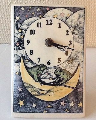 VTG. 1990 Santa Barbara Ceramic Design SBCD Stars, Moon & Frogs Whimsical Clock