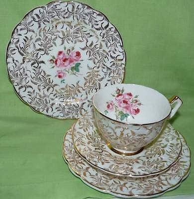 Aynsley Trio + Extra Side Plate. Pink Roses w Gold.