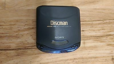 Sony Retro Discman, Carry Case, Cassette Transfer, Cleaning disc, Vintage