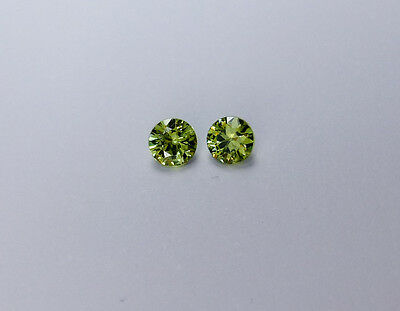 Demantoid Andradite Garnet - 0.26 ct - 3 mm - VVS - Madagascar - Matching Pairs