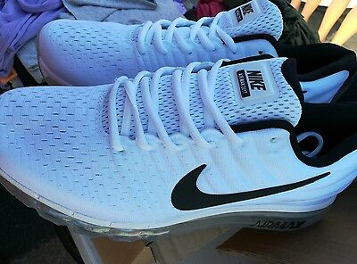 2017 Nike air max sneakers  White/ Black mens in size 11New